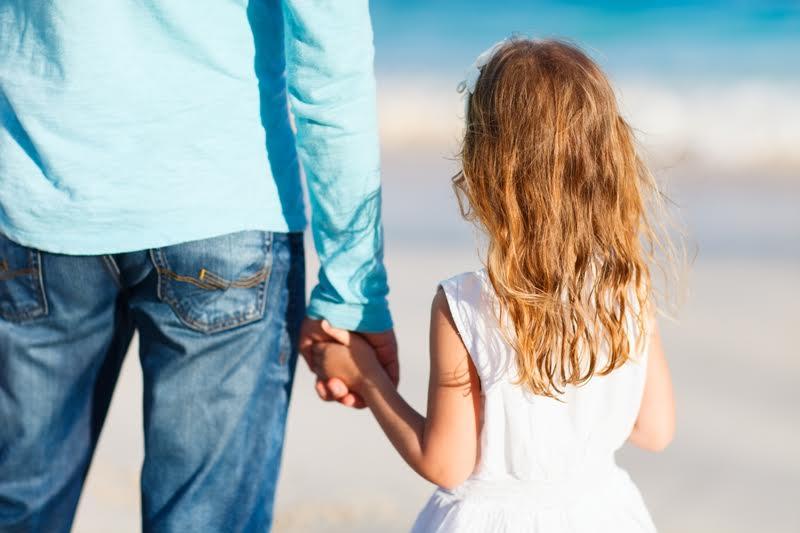 Dziecko urodzone po rozwodzie - kto jest ojcem?