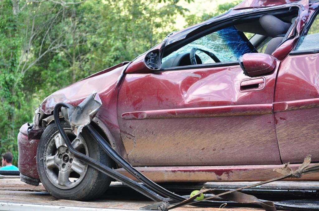 Spowodowanie wypadku i nietrzeźwość kierującego samochodem
