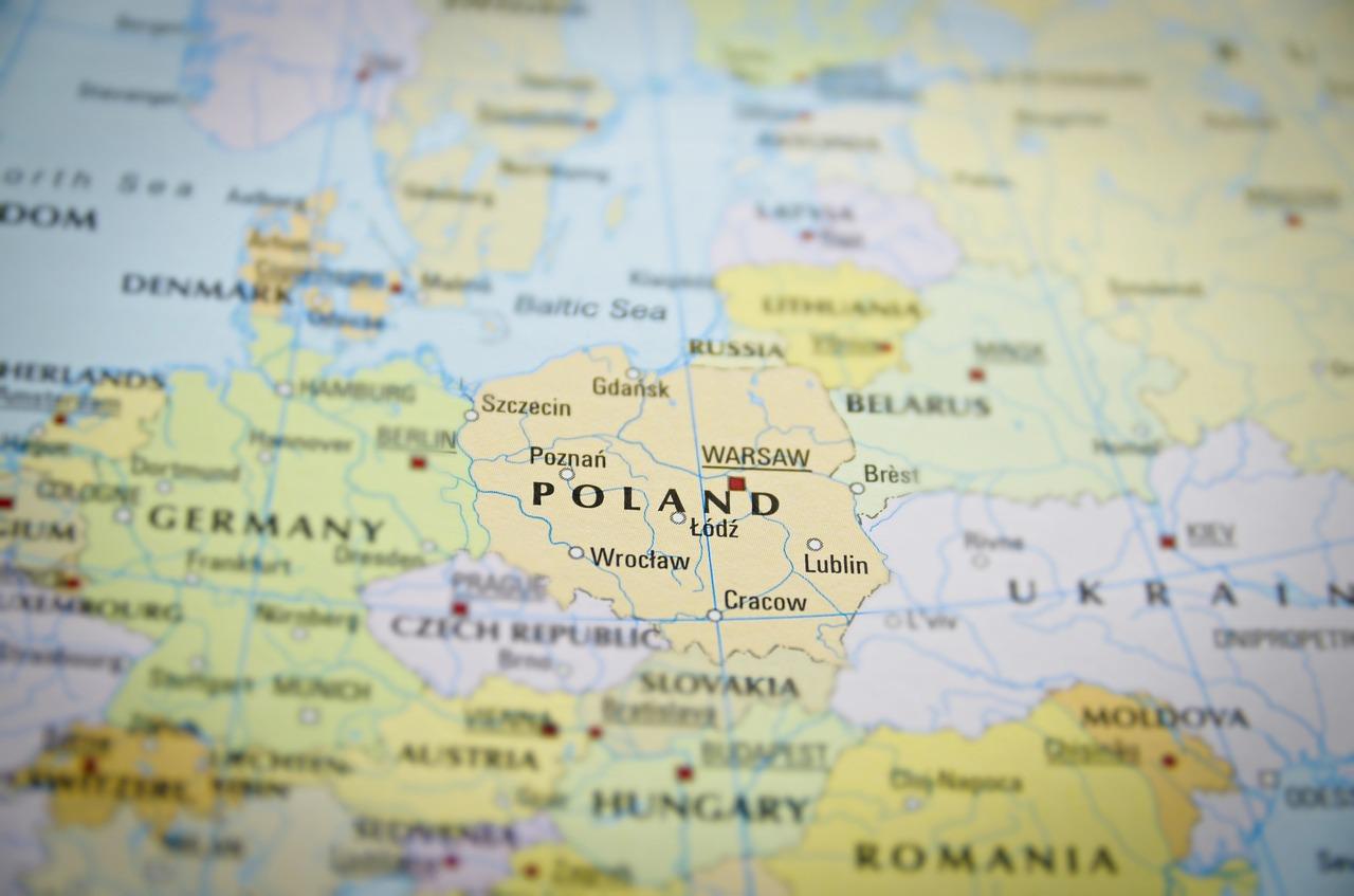 Prawo gospodarcze w Polsce a koncerny międzynarodowe Prawo gospodarcze w Polsce a koncerny międzynarodowe
