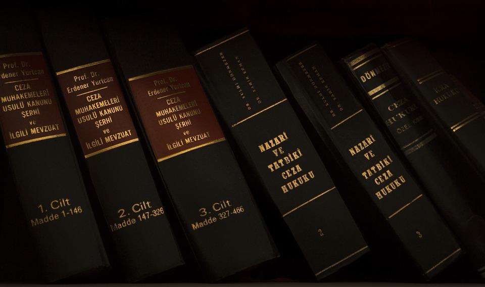 Spadek — jak przebiega wizyta u notariusza?