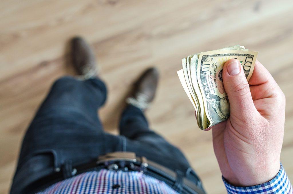 Kiedy umorzenie długu jest opłacalne dla wierzyciela?