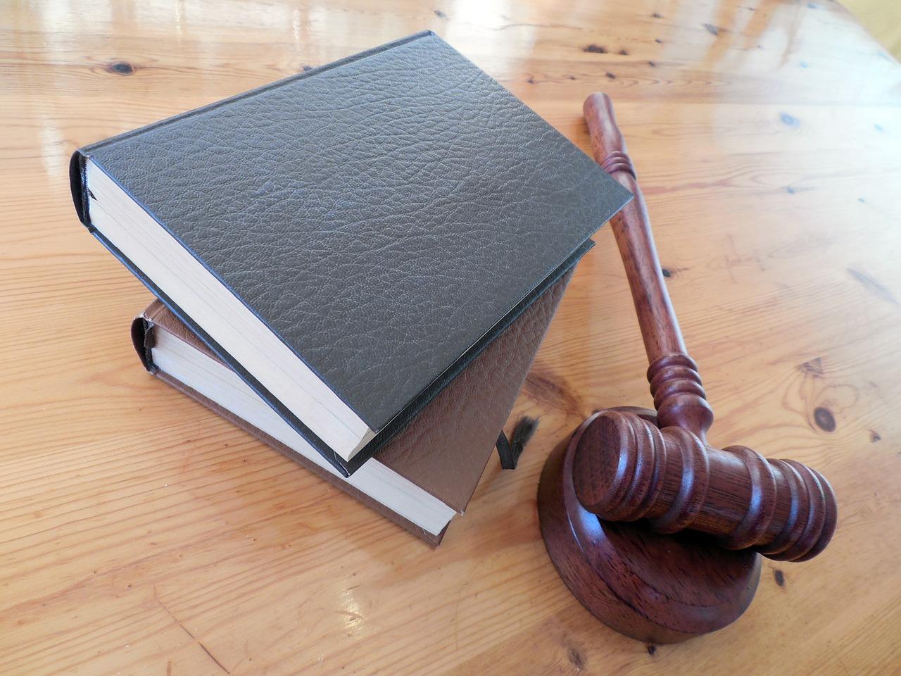 Prawo nieruchomości: jak wybrać odpowiednią kancelarię?