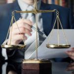 Adwokat – jak wybrać najbardziej odpowiedniego?