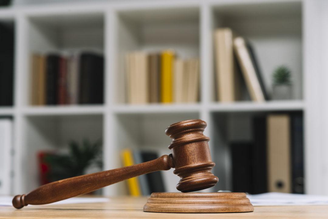Radca prawny a prawnik